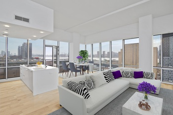 PRICE REDUCTION! Panoramic Views of East River, Brooklyn & Manhattan Skyline!